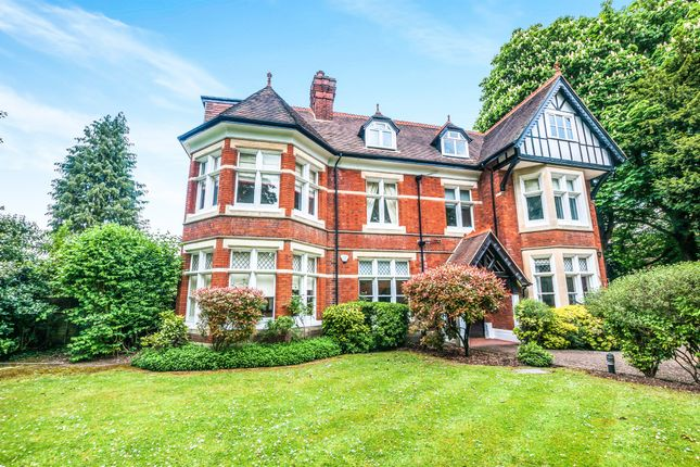 3 bed flat for sale in Bath Road, Taplow, Maidenhead SL6