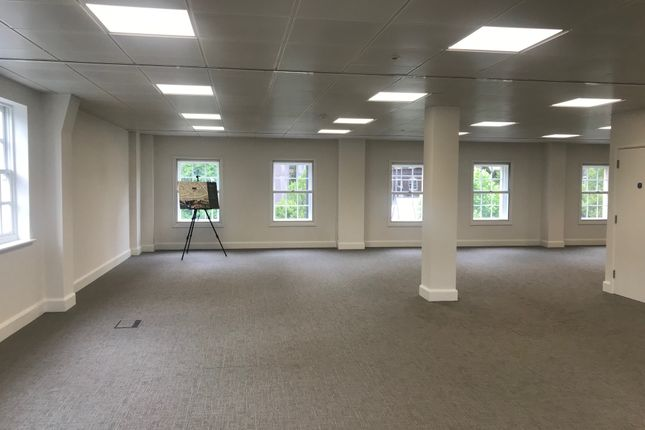 Office to let in Charlotte Terrace, 115 Hammersmith Road, London