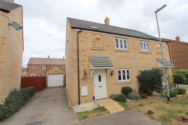Thumbnail Property to rent in Linnet Way, Leighton Buzzard