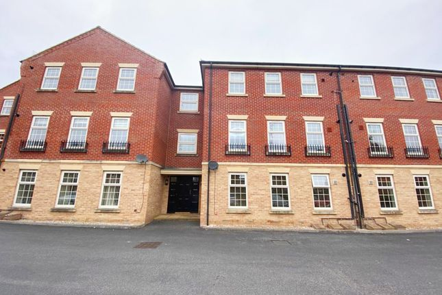 Thumbnail Flat for sale in Farnley Road, Woodfield Plantation, Doncaster