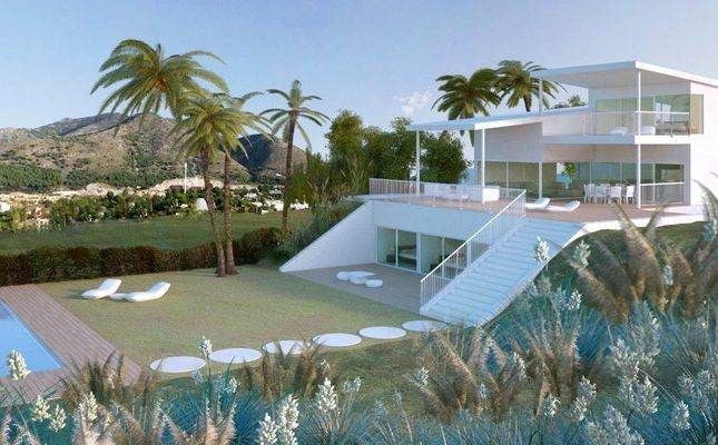 Thumbnail Villa for sale in Benalmádena, Málaga, Spain