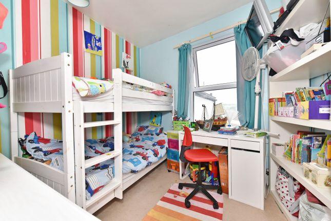 Trafalgar terrace bedminster bristol bs3 2 bedroom for 64 rustic terrace bristol ct