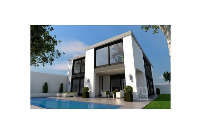 Detached house for sale in Montenegro, Montenegro, Faro
