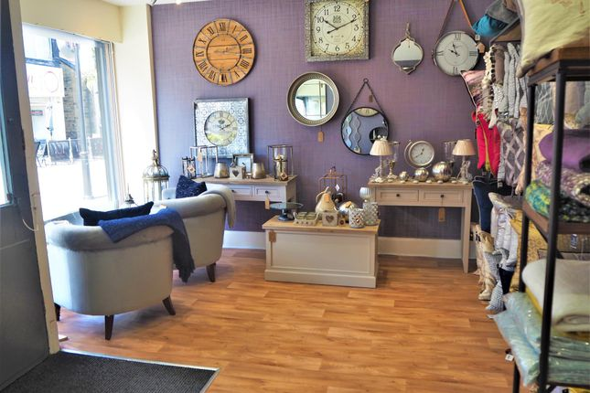 Thumbnail Retail premises for sale in Furnishing & Int Design LS27, Morley, West Yorkshire