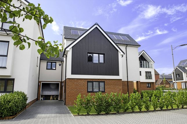 Thumbnail Detached house to rent in Tippett Lane, Hurst Green, Surrey
