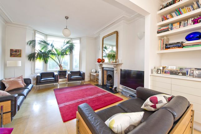 Thumbnail Terraced house for sale in Richmond Road, London