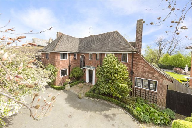 Thumbnail Detached house for sale in Wellington Road, Maldon, Essex