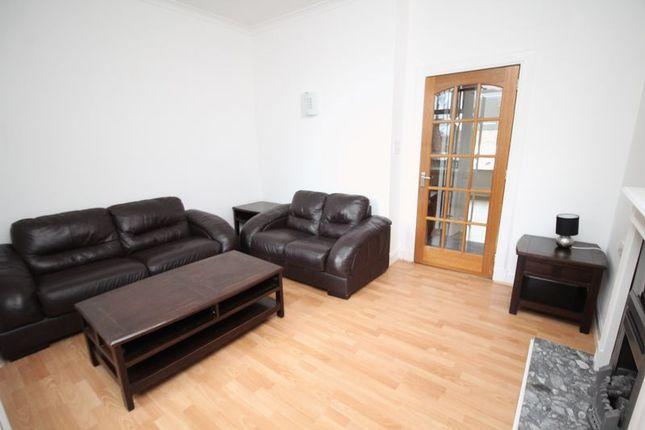 Lounge of Balfour Street, Kirkcaldy KY2
