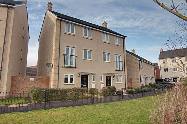 4 bed semi-detached house to rent in Serotine Crescent, Trowbridge BA14