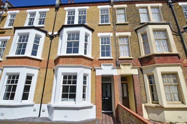 Picture No.40 of Ashburnham Place, Greenwich, London SE10