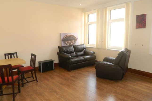 Thumbnail Flat to rent in Top Floor Flat, Deansgate, Bolton