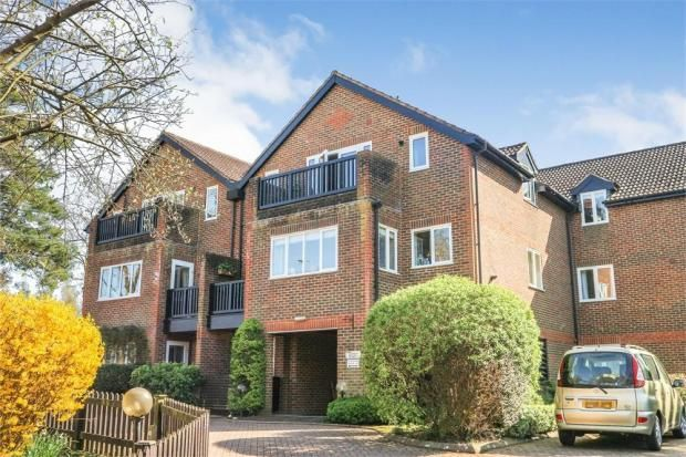 Thumbnail Flat to rent in Oakwood Park, Hartfield Road, Forest Row