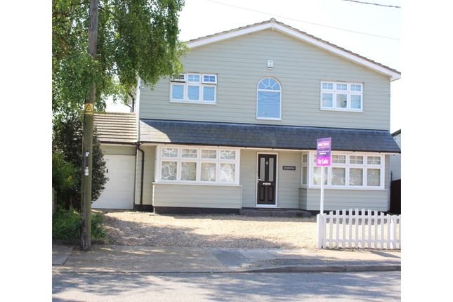 Thumbnail Detached house for sale in First Avenue, Stanford-Le-Hope