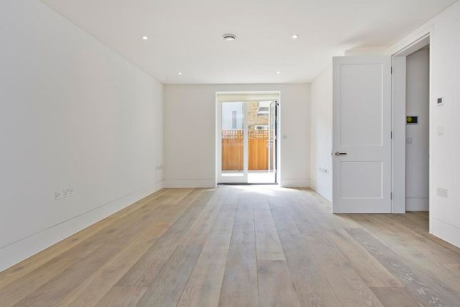 Thumbnail Flat for sale in Sarm West Residences, Notting Hill