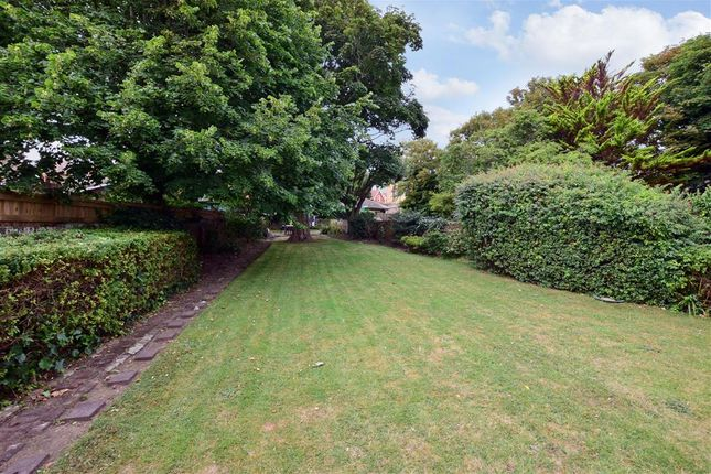 Communal Gardens of Sea Road, Westgate-On-Sea, Kent CT8