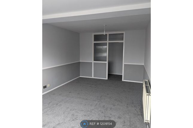 Thumbnail Flat to rent in Princess Parade, Orpington