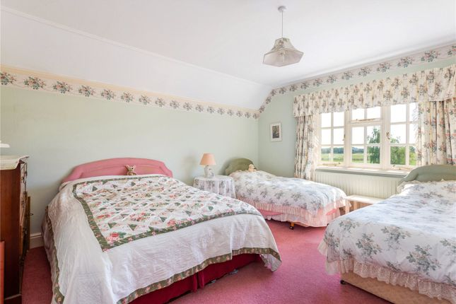 Picture No. 25 of Miles Lane, Whiteparish, Salisbury, Wiltshire SP5