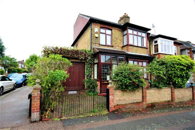 Thumbnail Detached house for sale in Belle Vue Road, Walthamstow