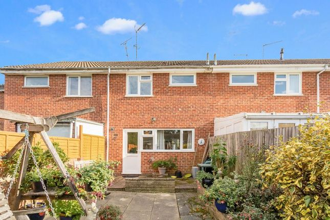 Photo 13 of Heath Way, Horsham, West Sussex RH12