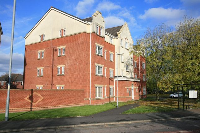 Thumbnail Flat to rent in 703 Hyde Road, Manchester