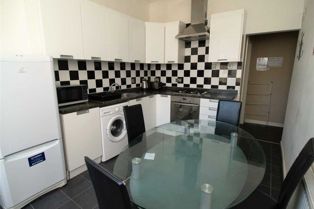 Thumbnail Maisonette to rent in Radnor Street, Plymouth