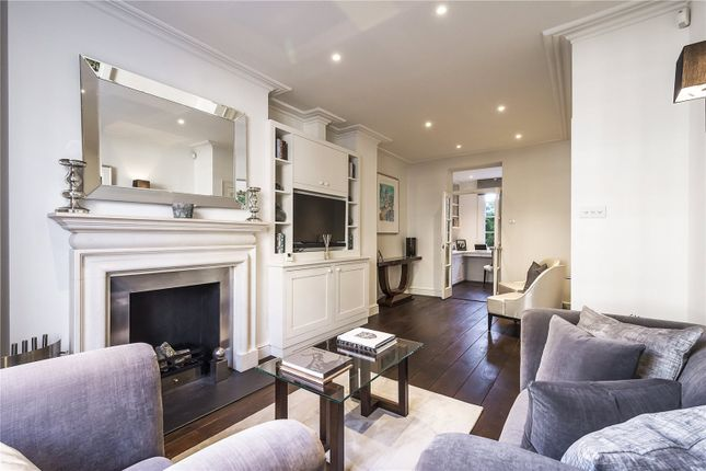 Thumbnail Terraced house for sale in Bourne Street, London