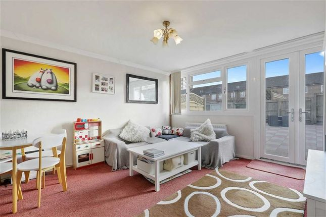 Thumbnail Property for sale in Hawthorn Grove, Penge, London