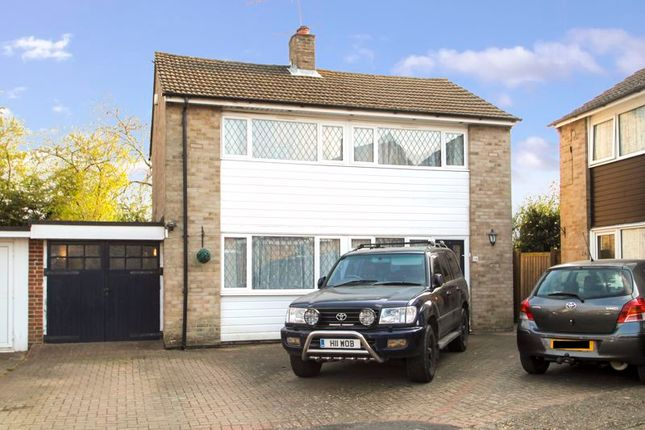 Thumbnail Detached house for sale in Highworth Close, High Wycombe