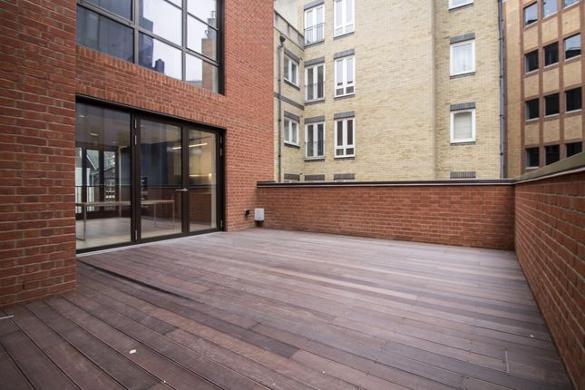 Thumbnail Flat to rent in Bartholomew Close, St Pauls