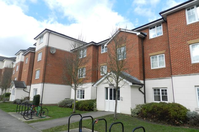 1 bed flat to rent in Kennedy Road, Horsham