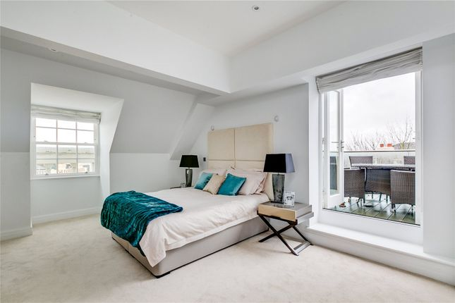 Bedroom of Kew Bridge Road, Brentford TW8