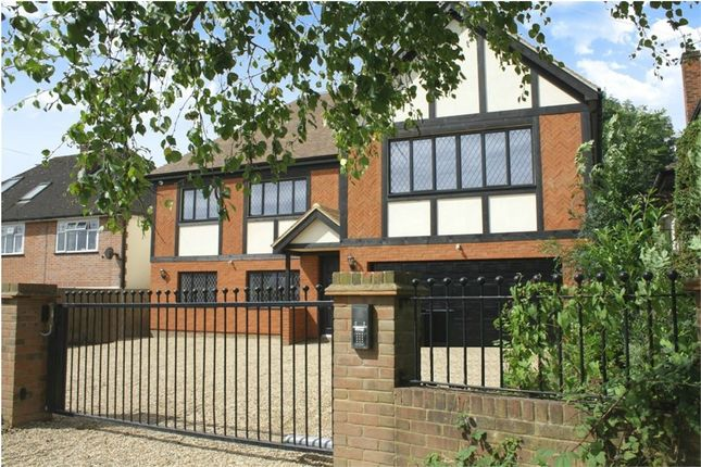 Thumbnail Detached house to rent in Mymms Drive, Brookmans Park, Hatfield