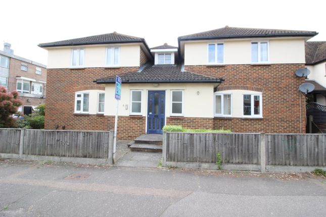 Thumbnail Flat to rent in Stoneleigh Avenue, Worcester Park