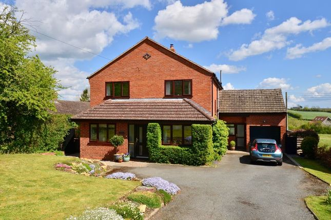 Thumbnail Detached house for sale in Low Road, Church Lench, Evesham