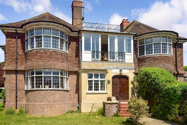 Thumbnail Flat for sale in Furzeholme, Worthing, West Sussex