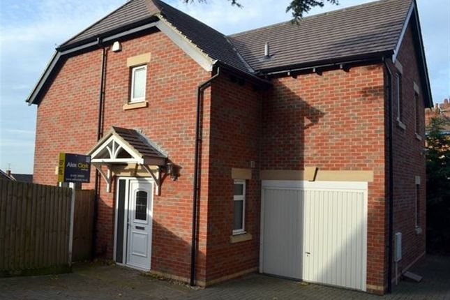 Thumbnail Property to rent in Stroud Road, Gloucester, (D)