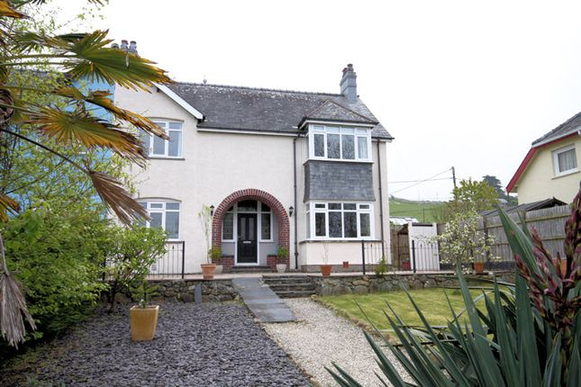 Thumbnail Semi-detached house for sale in Llwyngwril