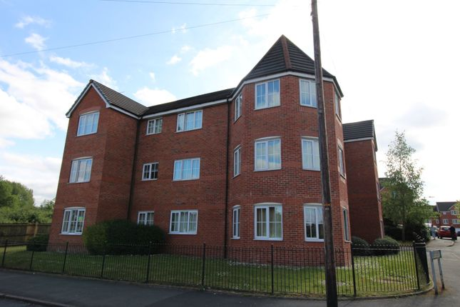 Picture No. 12 of Reed Close, Farnworth, Bolton, Greater Manchester BL4