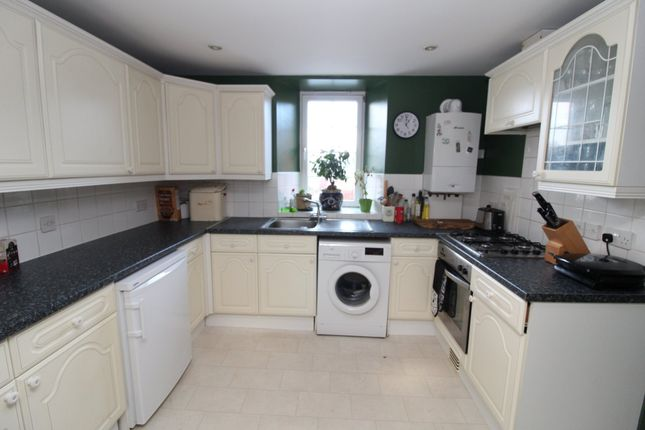 Thumbnail Flat to rent in Honiton Road, Exeter