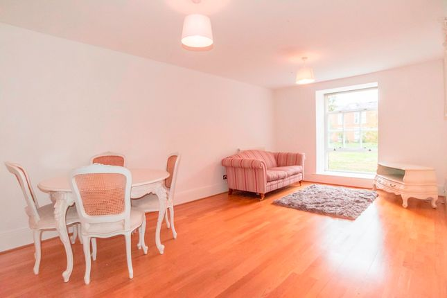 Flat to rent in Princess Park Manor, Royal Drive, London