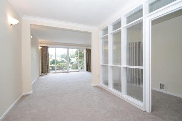 Thumbnail Flat to rent in Courtlands, Beckenham