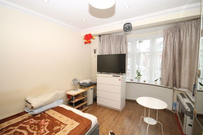 Photo 8 of Conway Crescent, Perivale, Greenford UB6