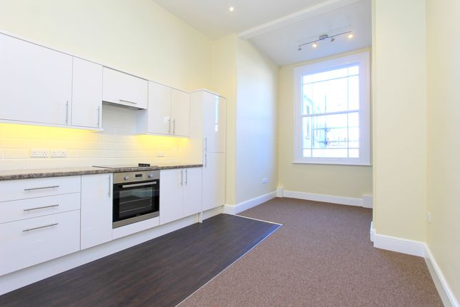 Thumbnail Maisonette to rent in Brunswick Place, Hove