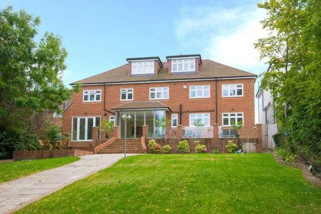 Thumbnail Detached house for sale in Hanyards Lane, Cuffley, Potters Bar, Hertfordshire