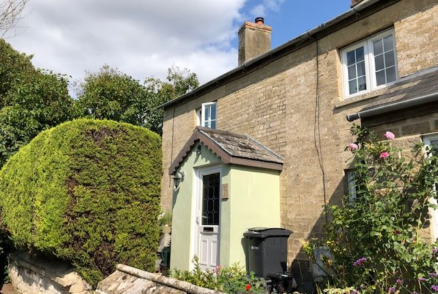 Thumbnail Cottage for sale in Mount Pleasant, Lechlade