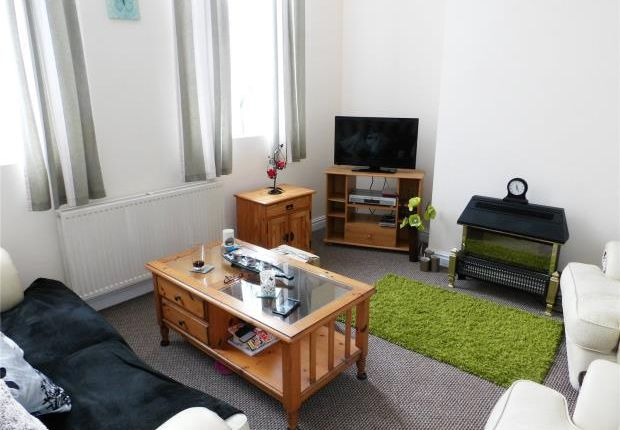 Thumbnail Flat to rent in Flat 2, High Street, Maryport, Cumbria