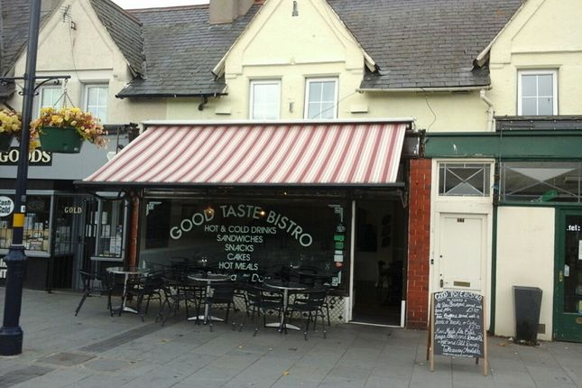 Thumbnail Restaurant/cafe for sale in Seaview Road, Colwyn Bay