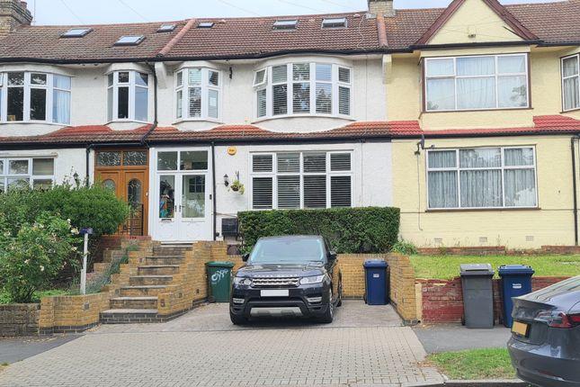 Thumbnail Terraced house for sale in Brookside, East Barnet