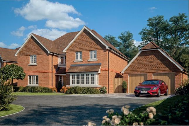 Thumbnail Detached house for sale in Horsham Road, Cranleigh