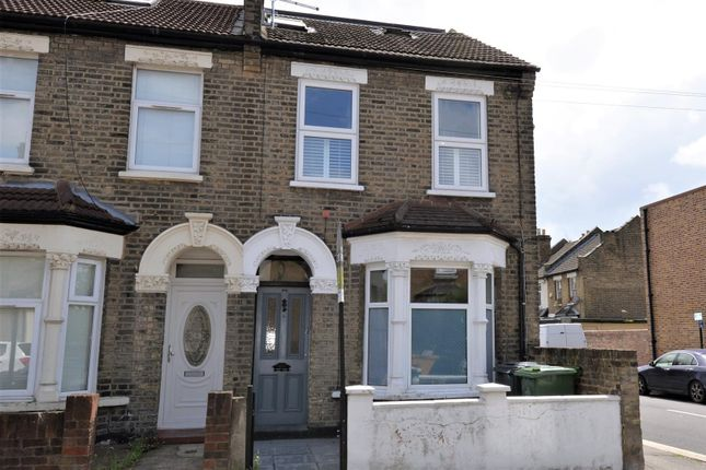 Thumbnail Flat for sale in Ringwood Road, Walthamstow, London